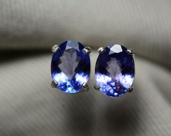 Tanzanite Earrings, Blue Tanzanite Stud Earrings 2.81 Carats Appraised at 1545.50 Sterling Silver Blue Tanzanite Jewellery