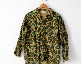 SALE vintage Army jacket, large camo jacket