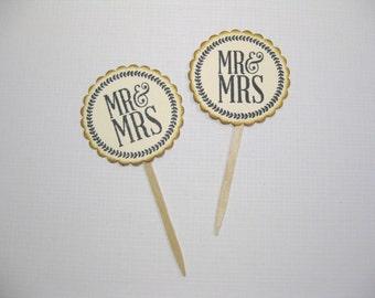 10 Mr and Mrs Cupcake Toppers - Vintage Wedding Decoration Favors - Food Picks - Bridal Shower - Tea Party - Cupcake Picks -V