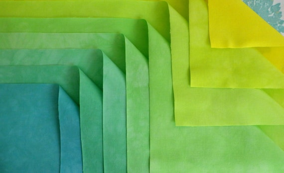 8 Fat Quarter Set, YELLOW TO BLUE, 8 Steps,  Pre-Washed, Pre-Shrunk, Ready to Sew!