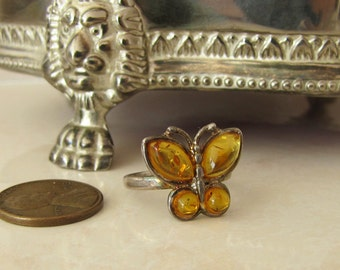Amber Butterfly Sterling Silver Ring, size 7, Intriguing Organic Gem