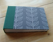 Photo Album in Modern Gray & White Leaves 4x6 or 5x7