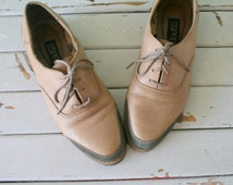 1980s ESPRIT Oxfords Shoes....size 8 womens...boho. hippie. leather. shoes. flats. sandals. brown leather. urban. loafers. oxfords. leopard