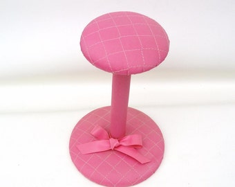 Vintage Pink Hat Stand / Small Wood Hat Rack / Quilted Millinery Display Stand