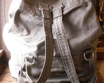 Vintage Army Green Canvas Rucksack - Duffle Bag - Military Luggage
