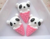 10 pcs of Resin Ice Cream Cone Bear Cabochon 22x15mm Pink