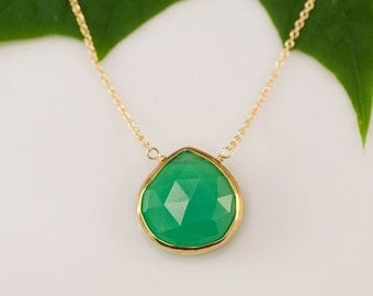 40 OFF - Chrysoprase Necklace - 14k Gold Filled Chain - bezel set necklace - gemstone necklace - Gold necklace -