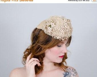 25% OFF SALE / 1930s vintage hat / floral tilt hat / Germaine Montabert