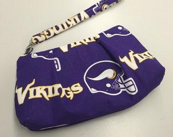Minnesota Vikings Double Pleated Wristlet