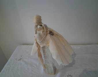 Art figure Sculpture Rapunzel by the brothers Grimm