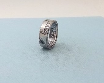 90% Silver coin ring washington quarter year 1944 size 7   silver coin ring  jewelry