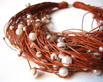 Brown  Big - pearls linen necklace
