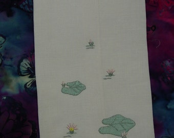"""Pretty Vintage Guest Towel, Madeira Made, Pink Grey Water Lilies, Applique,Embroidery 10 1/2 x 17"""""""