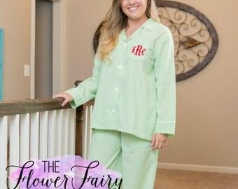 Seersucker Pajamas, Women's Monogrammed Pajamas, Ladies Monogram Pajama Set, Personalized Pajamas, Seersucker PJ Set, Seersucker Pajama Set