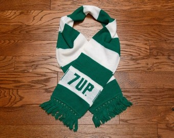 vintage 7 up 7up scarf green white stripe scarf fringe 70s 80s soda pop collector Christmas St. Patrick's Day 1970 1980 scarf