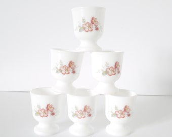 6 Arcopal egg cups white Arcopal milk glass pink apple blossoms retro 70s. French vintage kitchenware.