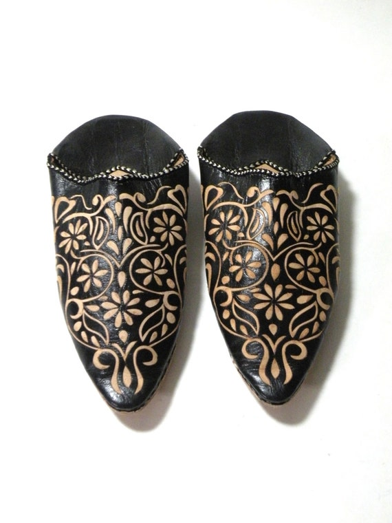 moroccan shoes slip ons leather pointy toe flats black