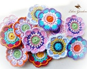 Set of 12 Crochet Flowers (MIX)
