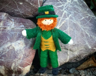 Miniature St. Patrick's Day Leprechaun doll- bendy doll