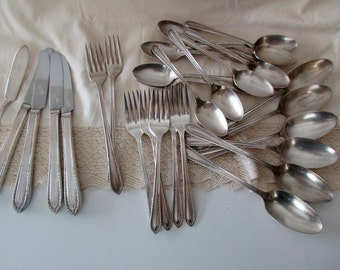 28 pieces of vintage Stratford Sectional Silver Plate FLATWARE - spoons, forks, knives