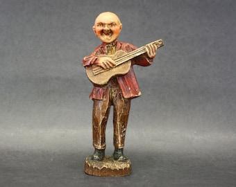 Vintage German Carved Man Playing Guitar Figurine (E7737)