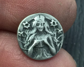 "Battersea LTD Vintage 1976 pewter button  Art Nouveau ""Fairy Tale"" 1/2 inch - Picture Button    N0.0932"