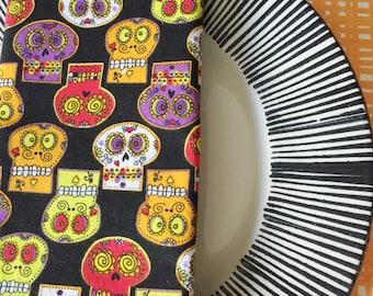 Halloween Napkins - Skulls Halloween decor - set of 4 reversible napkins