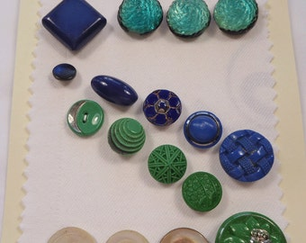 Vinage buttons  -  blu, green, turquoise and sea green - glass, plastic and pearl (Ref R101)