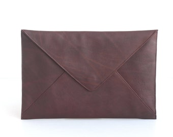 Oil Tanned Leather Envelope Clutch Document Holder. Tan Leather Clutch. Envelope Clutch. Document Organizer. Document Holder. Men Work Bag