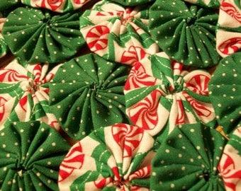 Christmas Peppermint 20 pc. Yo Yo Embellishment Accessory