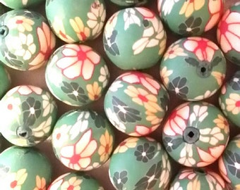 20 Fimo Polymer Clay Round Beads Green White flowers beads 12mm