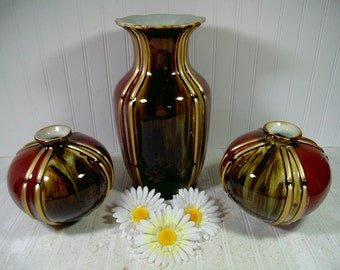 Vintage Set of 3 Large Ceramic Decorator Floor Vases with Gold Accents Cinnabar Red & Marbled Sage Green Colors Crackle Glaze Pottery Pieces