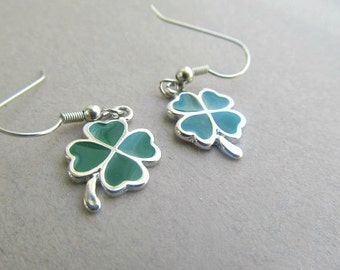 St. Patricks Day Shamrock dangle Earrings