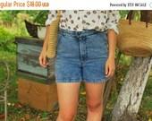 SALE Acid wash shorts  denim High Waisted Shorts Vintage 80'S