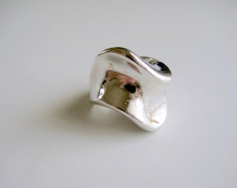 Silver Wave Ring Modern Geometric