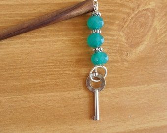 Seaweed and Silver - green glass and silver hairstick with handcuff key