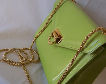 FRENCHY CALIFORNIA vintage 80s spring green leather handbag with fancy gold woven chain