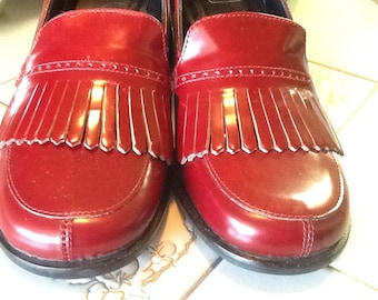 Vintage COACH red leather high heel fringe loafers 6B