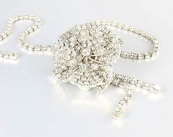 Flower Rhinestone Necklace. 16 inch Bolo Necklace.  1960s Vintage Wedding jewelry