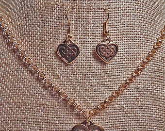 Celtic Knot Heart Necklace Sets in Gold or Silver Plated