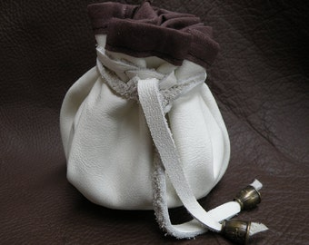 leather pouch white, med size