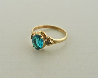 10k Gold Ring Teal and Clear Stone PSCo Size 5.