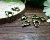 30pcs 13x13mm The Lobster Clasp Antique Bronze Retro Pendant Charm For Jewelry Bracelet Necklace Charms Pendants C6612