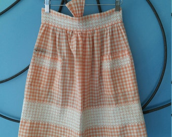 Vintage Apron Peach Gingham, Hand Embriodered 1950's