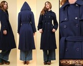 60s 70s Vtg Gorgeous Navy WOOL Hooded Trench Minimalist Pea Coat / Belted Mod Military SPY Jacket / Xs Sm