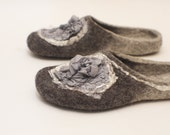 Felted slippers Women slippers Womens home shoes Grey wool grey silk Valenki Woolen clogs Felted clogs Handmade women house shoes