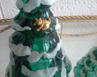 FENTON Glass Christmas Tree Trio 3 Green Beaded Frosted Cat Ornament Winter Holiday Decor Collectible Glass