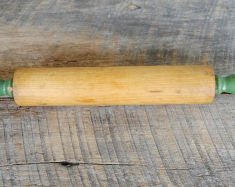 Vintage Wooden Rolling Pin Green Handles