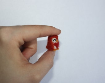 Mini owl dark orange heart needle felt figure