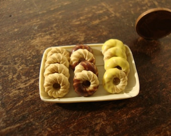 miniature dollhouse pastry tray  with cookies